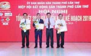Đất Xanh Tây Nam Bộ nhận 3 giải thưởng của UBND TP Cần Thơ và hiệp hội BĐS VIỆT NAM